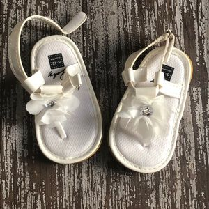 🍼🍼🍼 Janie and Jack sandals